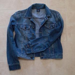 Light wash jean jacket